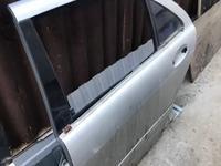 Дверь задняя левая лонг w220 s500 за 888 тг. в Алматы