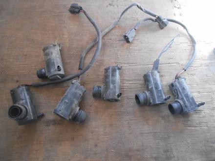 Мотор бачка омывателя (насос) за 5 000 тг. в Алматы