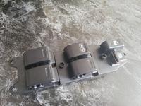 Блок пульт управления стеклоподъёмника за 17 900 тг. в Алматы