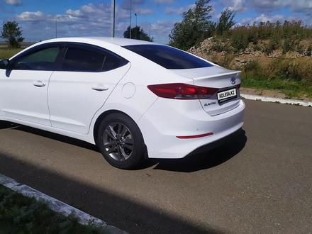 Hyundai Elantra 2018 года за 6 850 000 тг. в Кокшетау – фото 7