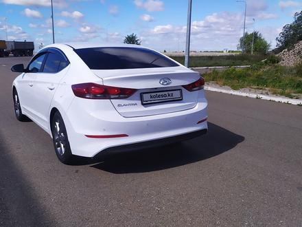 Hyundai Elantra 2018 года за 6 850 000 тг. в Кокшетау – фото 9