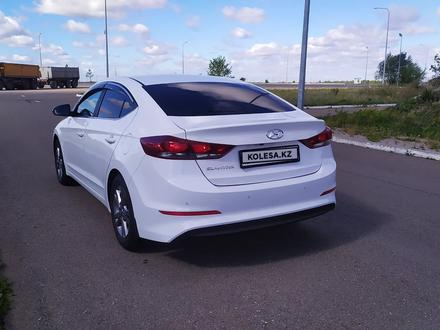 Hyundai Elantra 2018 года за 6 850 000 тг. в Кокшетау – фото 15