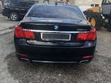 BMW 750 2009 года за 6 200 000 тг. в Уральск – фото 2