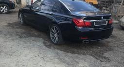 BMW 750 2009 года за 6 200 000 тг. в Уральск – фото 3