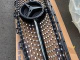 Решетка радиатора Diamond на Mercedes Benz W213 2016 + Производство… за 100 000 тг. в Алматы – фото 3