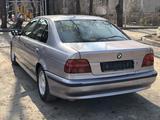 BMW 528 1996 года за 1 800 000 тг. в Алматы – фото 2