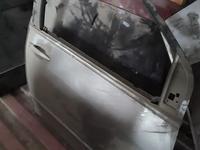 Дверь передняя правая за 30 000 тг. в Алматы