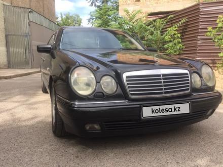 Mercedes-Benz E 240 1998 года за 2 600 000 тг. в Шымкент