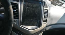 Chevrolet Cruze 2011 года за 2 600 000 тг. в Петропавловск – фото 4