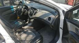Chevrolet Cruze 2011 года за 2 600 000 тг. в Петропавловск – фото 5