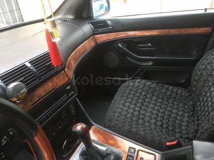 BMW 523 1996 года за 2 700 000 тг. в Алматы – фото 7