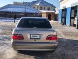 Mercedes-Benz E 240 2001 года за 3 000 000 тг. в Актау – фото 3