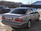 Mercedes-Benz E 240 2001 года за 3 000 000 тг. в Актау – фото 4