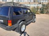 Jeep Cherokee 1993 года за 3 200 000 тг. в Актау – фото 4