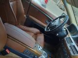 BMW 735 2001 года за 3 100 000 тг. в Караганда – фото 2
