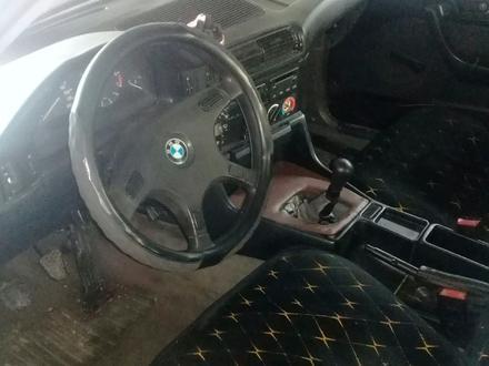 BMW 520 1990 года за 950 000 тг. в Узынагаш – фото 5