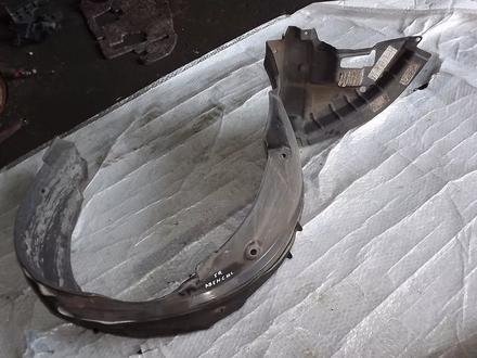 Подкрылок передний правый за 7 000 тг. в Алматы