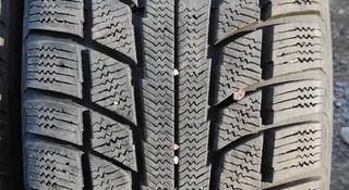 Шины 235/65/17 triangle — Michelin за 40 000 тг. в Алматы