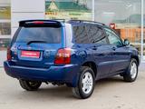 Toyota Highlander 2005 года за 7 750 000 тг. в Тараз – фото 3