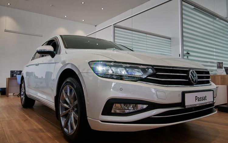 Volkswagen Passat Business 1.4 TSI 2020 года за 15 160 000 тг. в Уральск