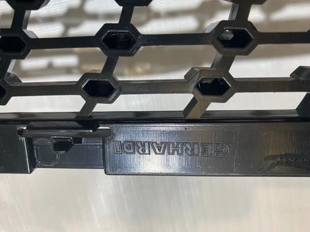 Решетка радиатора Mercedes CLS W218 рестайлинг Diamond AMG за 140 000 тг. в Алматы – фото 3