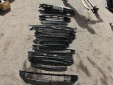 Решетка бампера toyota rav 4 за 10 000 тг. в Караганда – фото 2