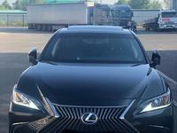 Lexus ES 250 2018 года за 16 666 666 тг. в Уральск