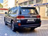 Toyota Land Cruiser 2016 года за 26 800 000 тг. в Алматы – фото 5