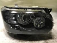 Фара правая чёрная Range Rover Vogue за 386 750 тг. в Нур-Султан (Астана)