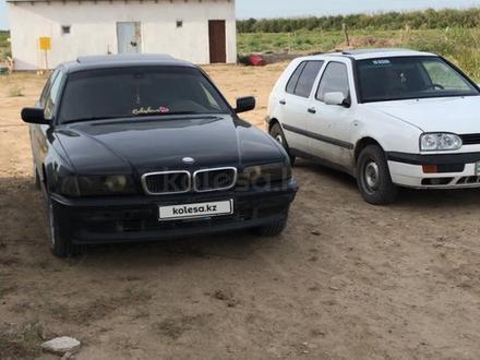 BMW 730 1995 года за 1 800 000 тг. в Атырау – фото 2