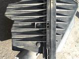 Корпус воздушного фильтра на ниссан примера п12 за 12 000 тг. в Алматы