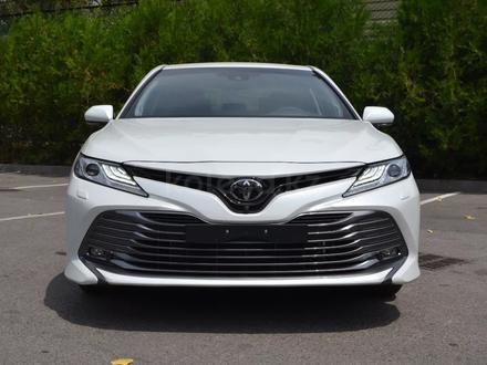 Toyota Camry 2018 года за 17 850 000 тг. в Алматы – фото 2