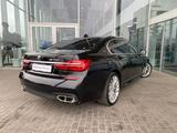 BMW M760 2017 года за 35 273 000 тг. в Алматы – фото 5