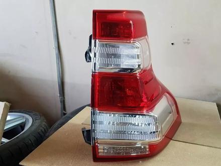 Фонарь правый Toyota Land Cruiser Prado 150 за 75 000 тг. в Костанай – фото 3