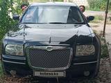 Chrysler 300C 2005 года за 3 200 000 тг. в Шымкент
