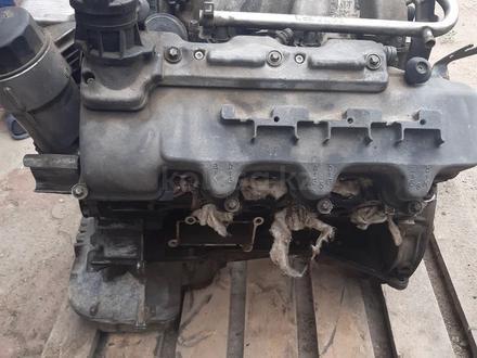 Двигатель 2 uz 4.7 объем за 300 000 тг. в Алматы