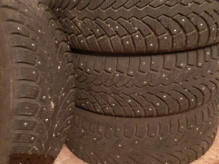 Шины шипованные за 50 000 тг. в Алматы – фото 4
