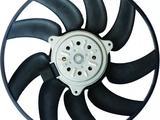 Вентилятор охлаждения радиатора левый Audi a6 (10-17) (380 mm) за 15 000 тг. в Алматы – фото 2