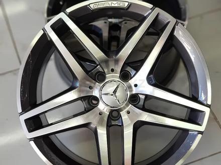 Mercedes Benz 211, 212, 213 за 170 000 тг. в Алматы – фото 2