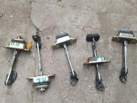 Ограничители двери Honda CR-V rd1 за 3 500 тг. в Алматы