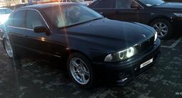 BMW 525 1999 года за 3 000 000 тг. в Актобе – фото 2