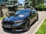 BMW M5 2019 года за 48 000 000 тг. в Алматы – фото 2