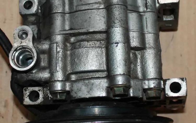 Компрессор кондиционера Mazda KF KL за 5 000 тг. в Караганда