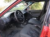 Mazda 323 1992 года за 480 000 тг. в Караганда – фото 4
