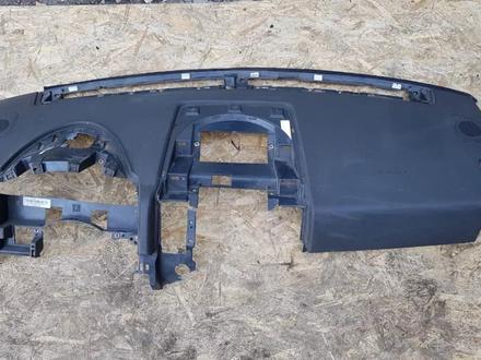 Передняя панель (торпеда) с аэрбэгом черная с повреждением за 20 000 тг. в Алматы