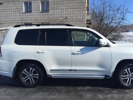 Toyota Land Cruiser 2017 года за 24 500 000 тг. в Петропавловск – фото 6