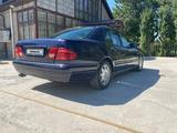 Mercedes-Benz E 230 1997 года за 2 000 000 тг. в Шымкент – фото 5