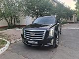 Cadillac Escalade 2018 года за 33 000 000 тг. в Алматы – фото 2