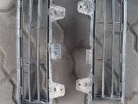 Решетки в бампер за 10 000 тг. в Алматы