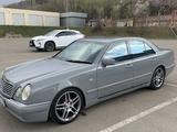 Mercedes-Benz E 280 1997 года за 3 200 000 тг. в Алматы – фото 2